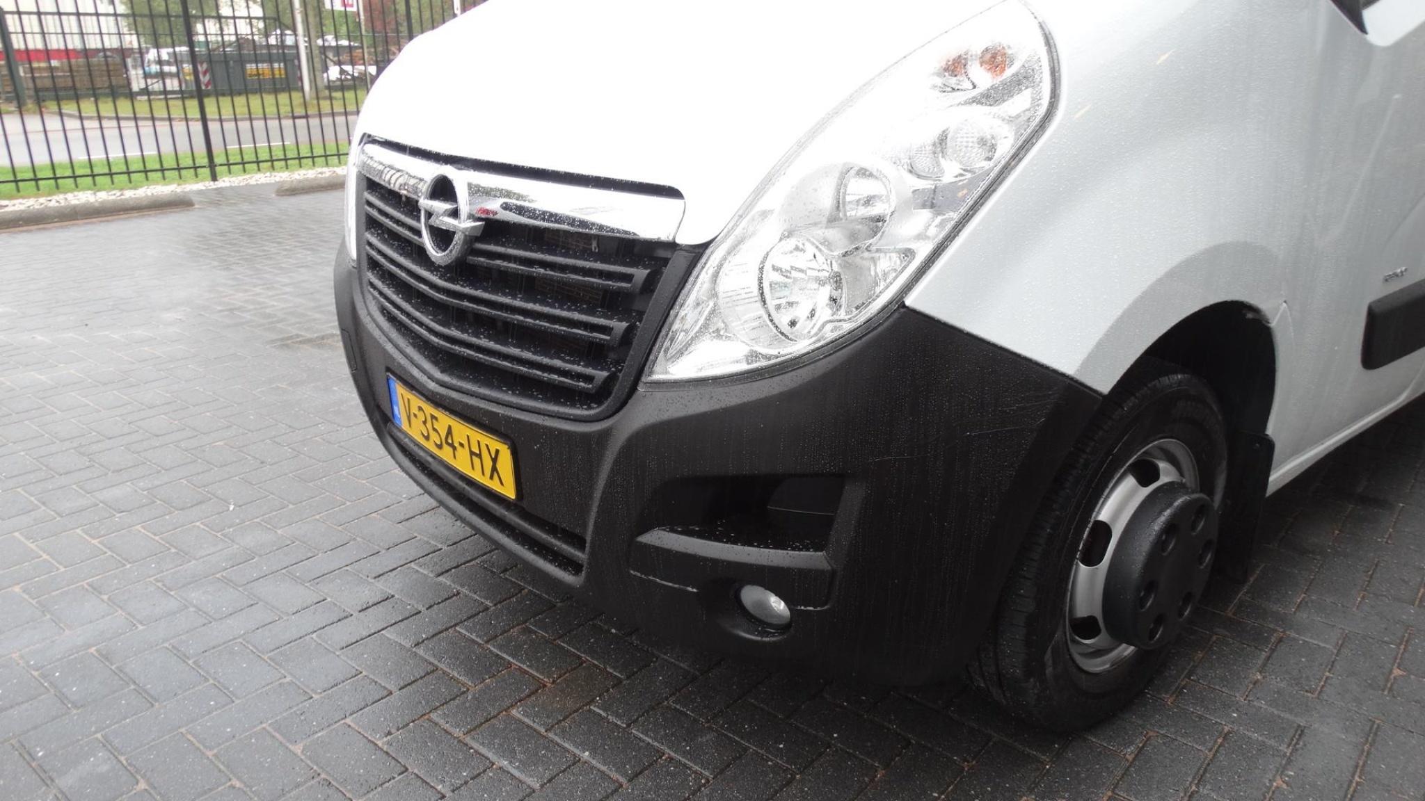Opel-Movano-3