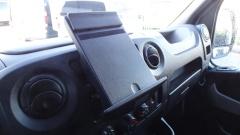 Nissan-NV400-13