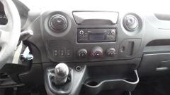 Renault-Master-16