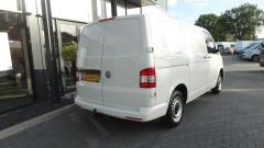 Volkswagen-Transporter-4