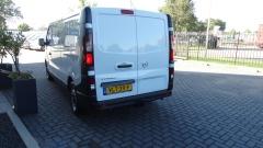 Opel-Vivaro-3