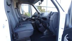 Nissan-NV400-20