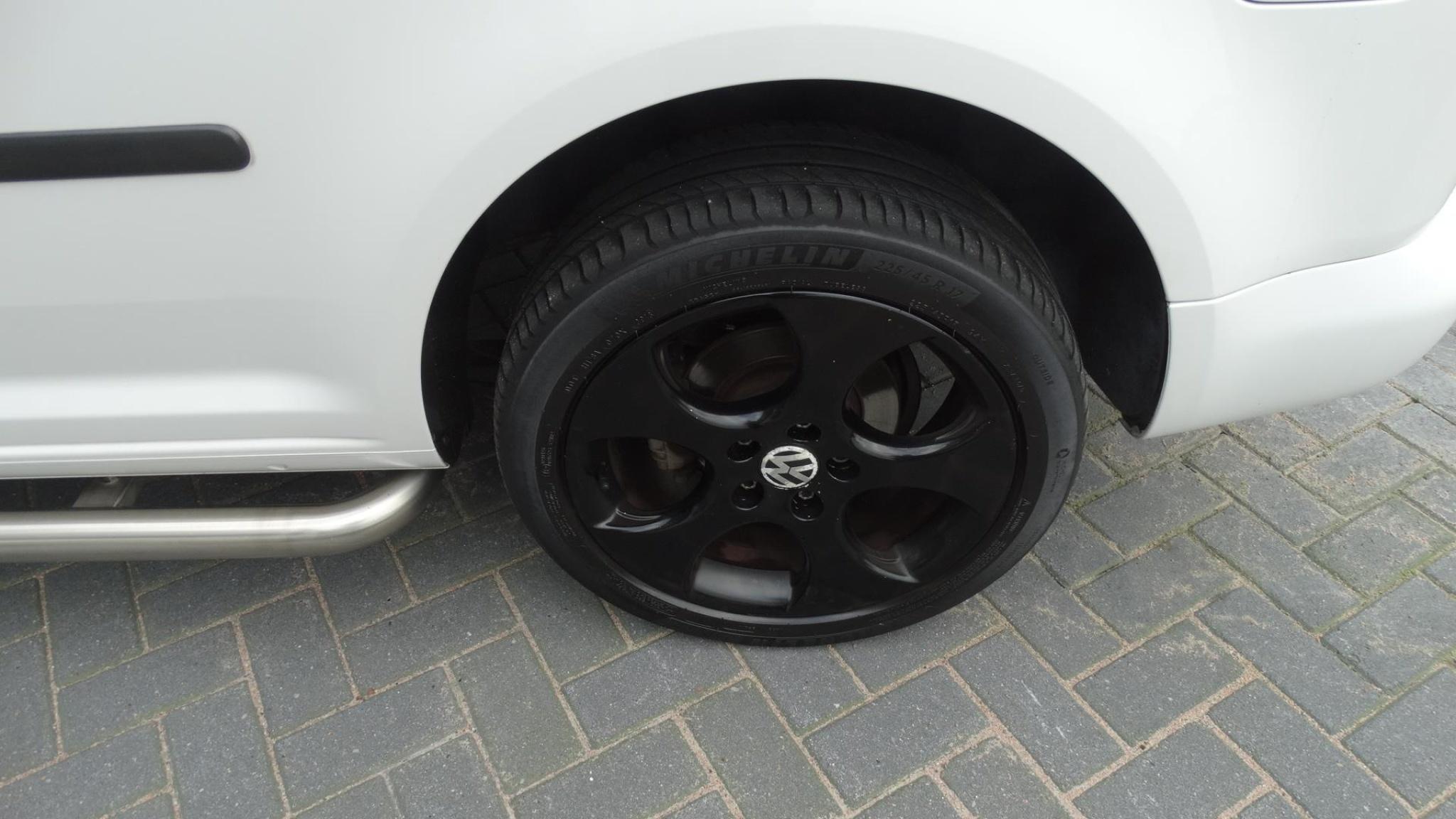 Volkswagen-Caddy-27
