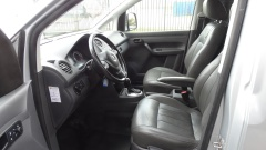 Volkswagen-Caddy-13